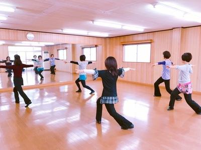 ソフトジャズダンス教室 N,Moving
